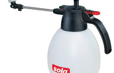 The Solo 419 2-Liter One-Hand Pressure Sprayer has an Ergonomic Grip and is multi-purpose.